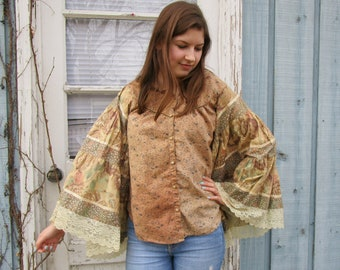 Tea Stained Floral Bohemian Bell Sleeve Top - Medium Large// emmevielle