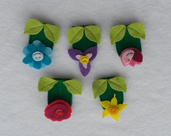 Set of 5 Spring Flower Finger Puppets. Great as an Easter Gift