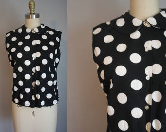 1950s Cotton Top // Polka Dots and Rounded Collar // Small
