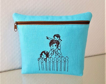 Purse Papa with children turquoise embroidered linen