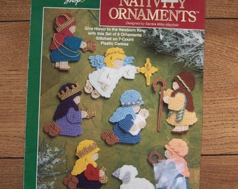 plastic canvas patterns Nativity Ornaments