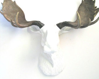 Faux Taxidermy Large WHITE Moose Head with Natural-Looking Antlers, Large Faux Taxidermy Moose, White Animal Head wall mount, Wall Hanging