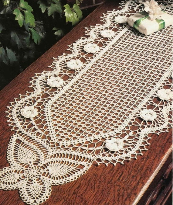 crochet doily, table decoration, center piece ,table runner PATTERN ...