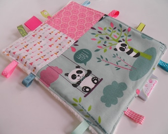 Cuddly pandas pink and green tags / creating sweet peas