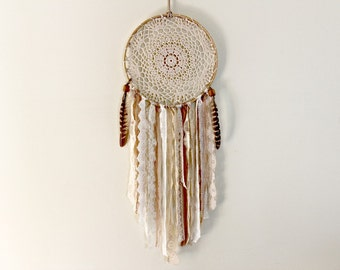 Dream Catcher, Large Dreamcatcher, Doily Dream Catcher, Wedding Dreamcatcher, Boho Dream Catcher, Bohemian Decor, Feather Wall Hanging, Lace