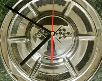1960 Corvette Hubcap Clock