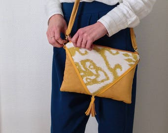 Pouch ceremony, mustard yellow party