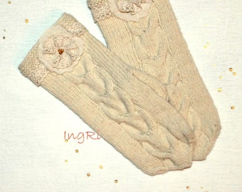 handmade knitted wool mittens