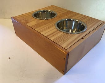 Wine Crate pet feeder  - DISCOUNTED