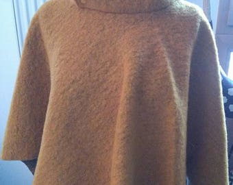 New hand-made poncho mustard boiled wool for teen