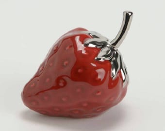 Decorative object! Strawberry red shiny ceramic, height 3,1 inches width 4 inches