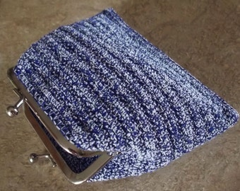 hold on to your change with this excitingly blue/white  crochet coin purse  *