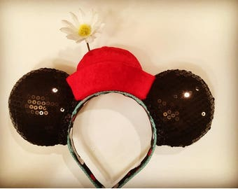 Classic Minnie Mouse ears with red pillbox hat.