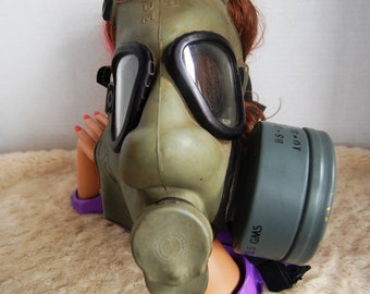 M162 C1 Gas Mask Cold War Era  New!