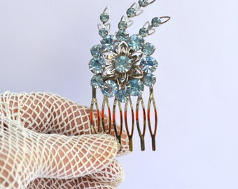 Bridal Hair Comb, Wedding Comb, Something Blue, 1950s Vintage Blue Rhinestone Brooch Hair Comb, Sparkly Flower