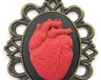 Necklace cameo retro vintage red anatomical heart large