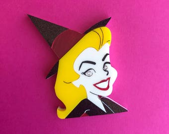 Pre-order - Samantha Bewitched brooch