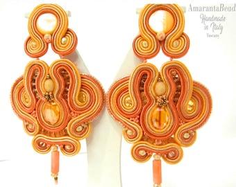 Orecchini soutache estivi. Orecchini pendenti arancio modello  chandelier. Gioielli in soutache made in Italy