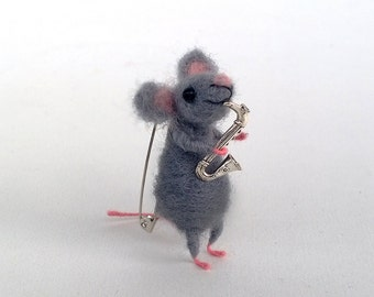 Needle felt mouse brooch with saxophone Unique animal Accessory Cute gift Miniature mouse Waldorf inspired jewelry Woolen Whimsical brooch