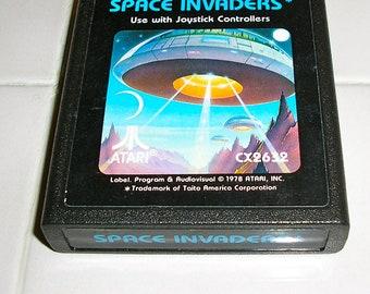Vintage 80s, Atari 2600, Space Invaders game cartridge