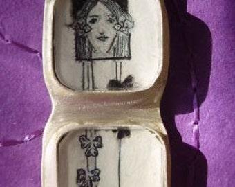 Art Nouveau Girl Diptych pendant