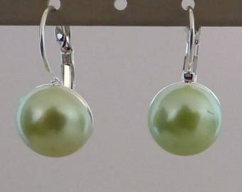 COPPER LEVERBACK EARRINGS AND DOME LIGHT GREEN