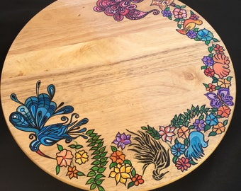 Turning wood tray has hand painted 360