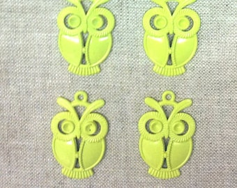 Set of 4 painted metal - yellow T24 OWL charms
