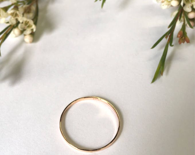 Half-round ring rose gold