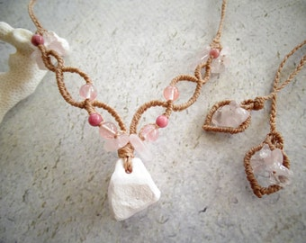 Mangano Calcite w/Rose Quartz,Strawberry Quartz & Rhodonite,Bohemian, Hippie, Gypsy,Tribal, Macrame Necklace,ピンクカルサイト,マクラメネックレス,ヒッピー,天然石