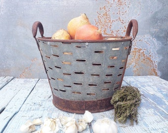 Small Rustic Metal Olive Bucket,Old Handmade bucket,Rustic Storage,Decorative Basket