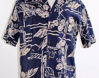 Vintage 80's Men's Blue Hawaiian Shirt by Hilo Hattie - Made in Hawaii - Medium