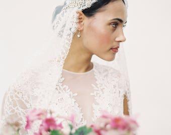 Brautschleier, Juliet cap Schleier, Schleier mit Perlen, Spitze Brautschleier, Kristall Schleier - Stil-303