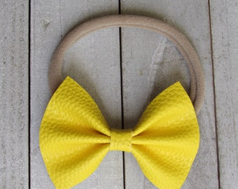 Banana yellow faux leather bow