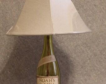 NOAH'S MILL Bourbon Whiskey Bottle Lamp