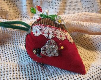 Velvet CRAZY Quilt Strawberry Pincushion/ Pin Cushion/ Rhinestone Heart/ Beads/ Button/ Vintage Twist Hat Pins / Primitive Folk Art
