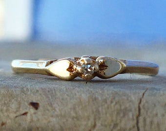 Vintage Diamond Ring Sweetheart setting / size 6