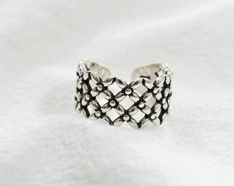 Amebelle & Co.™ - Clover Ring in 925 Sterling Silver