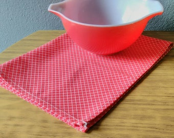 70s Vintage tea towel dishtowel dishcloth NOS unused checkered red and white