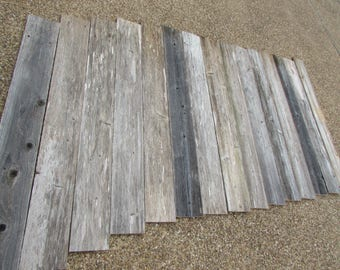 Reclaimed Old Fence Wood Boards for Accent Wall 8 Fence Boards - 48 Inch Length - Weathered Barn Wood Planks - Great For Rustic Crafting!