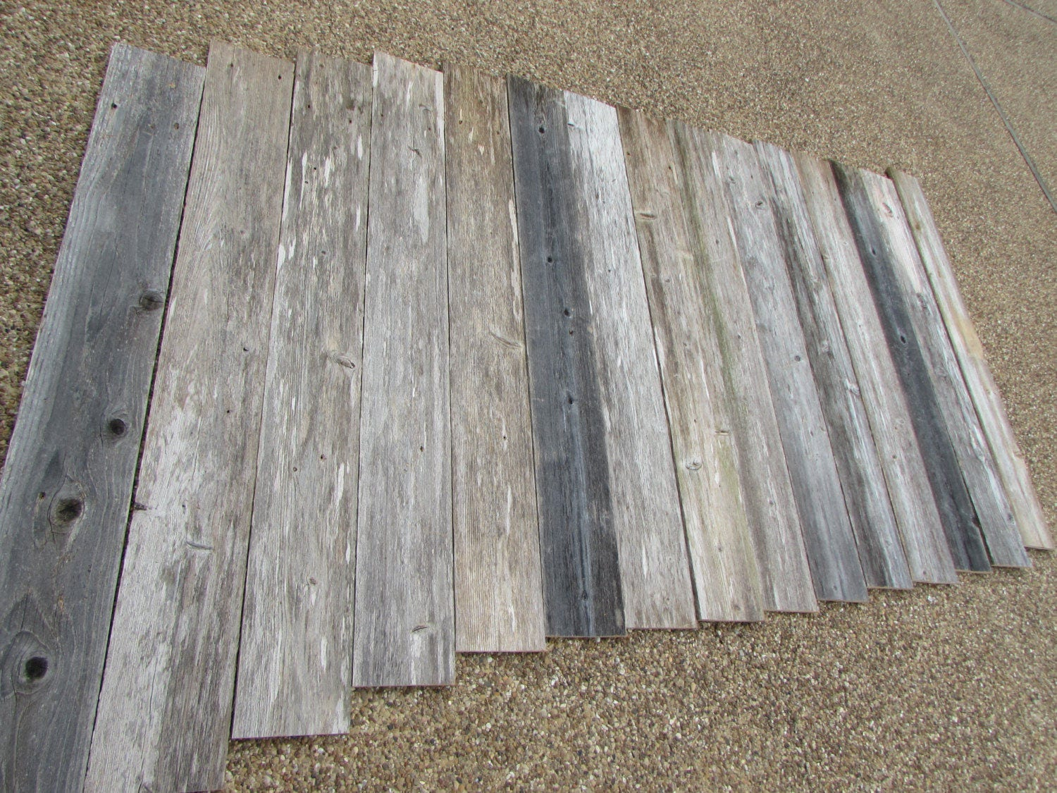 Reclaimed Old Fence Wood Boards for Accent Wall 8 Fence Boards