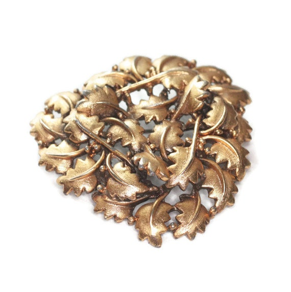 Leaf Brooch Brushed Gold Tone Overlapping Leaves Signed Tortolani Crislu