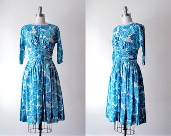 blue floral dress 60s. vintage party dress. 1960's full dress. print dress. white & blue dress 50 60