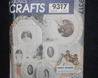 McCalls 9317 Crafts Fancy Frames Fabric Ruffle and Lace frames