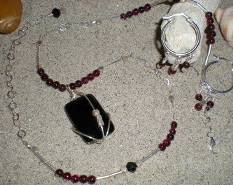 Mon Amie beaded necklace and earrings set, one of a kind, black onyx, garnet, sterling silver