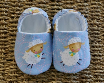 Sheep Baby Shoes, Crib Shoes, Soft Sole Baby Shoes, Baby Bootie, Baby Moccs, Baby Moccasins, Baby Booties, Baby Shower Gift, Baby Girl Shoes