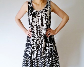 Womens Dresses, Black and White Dress, Clothing Gift, Boho Gift Girlfriend, Peplum Dress, Summer Dress, Pullover Sleeveless Tank Dress