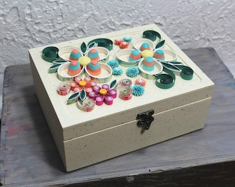 Wooden tea caddy, 9 compartments tea caddy, vintage white tea caddy, tea bags box, tea storage, herbal tea, quilled box, upcycled paper