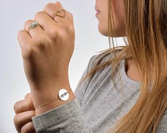 xoxo Bracelet, xoxo Circle Bracelet, Gold xoxo Bracelet, Girlfriend Gift, Gift for Girlfriend, Gift Idea for Girlfriend, Hugs and Kisses