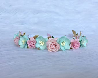 Pastel Colored Crown, Baby Flower crown, Baby flower Halo, Baby Bows,
